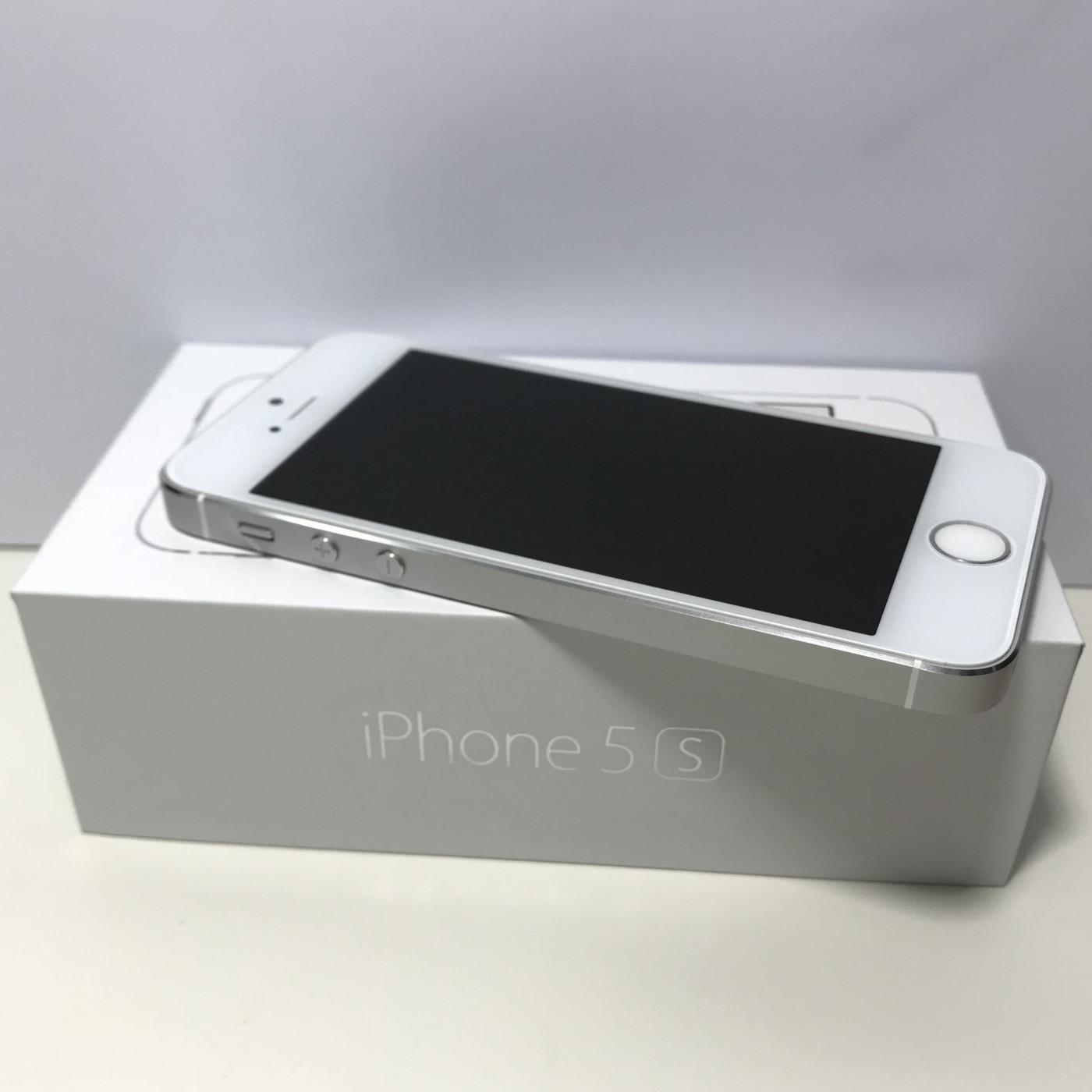 IPHONE 5S SILVER 32GB GRADO A+++ PARI AL NUOVO + SCATOLA E ACCESSORI